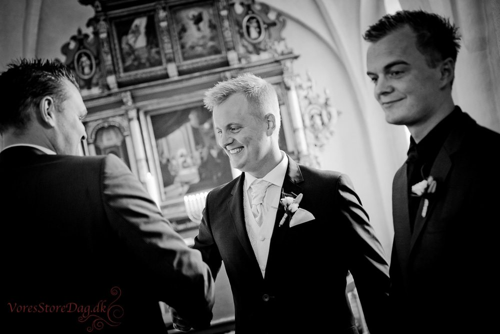 bryllupsfoto-5_Guldager kirke_Esbjerg