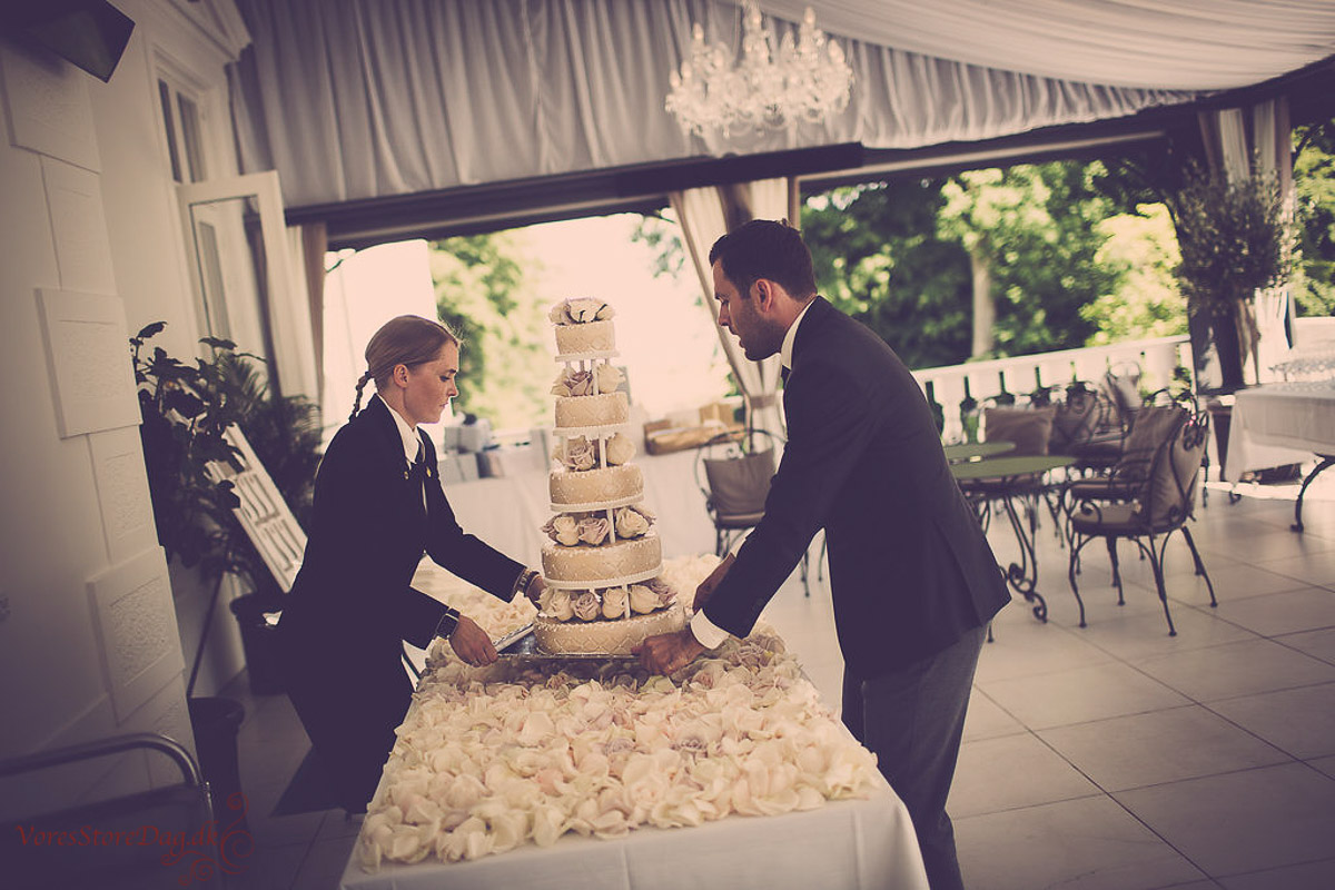 bryllupsfoto-mia-og-martin-bryllupskage