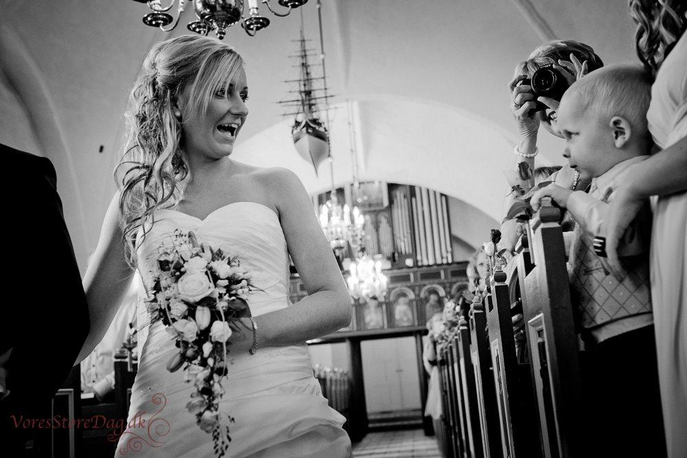 bryllupsfoto-8_Guldager kirke_Esbjerg
