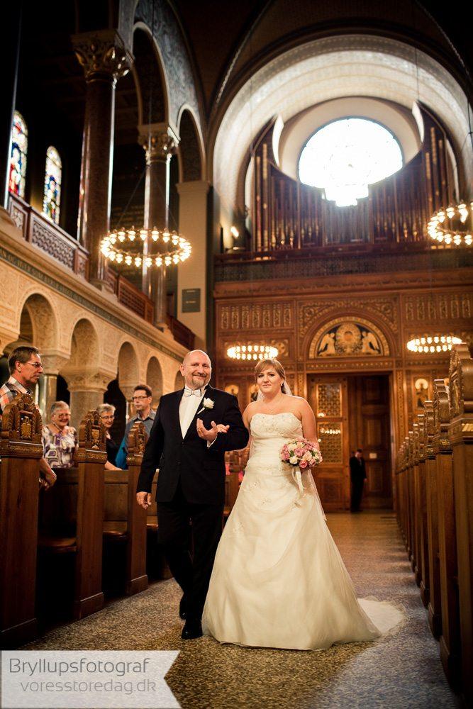 bryllupssange i kirken