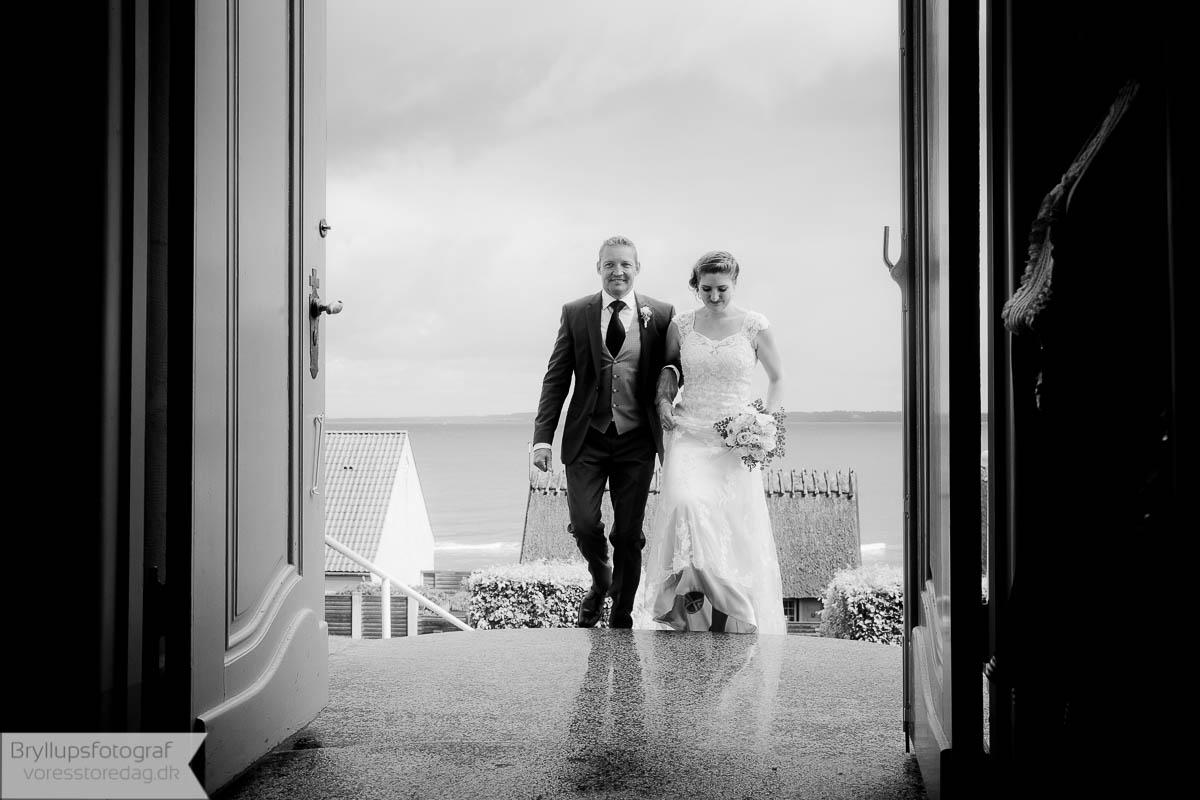 bryllup ved vandet
