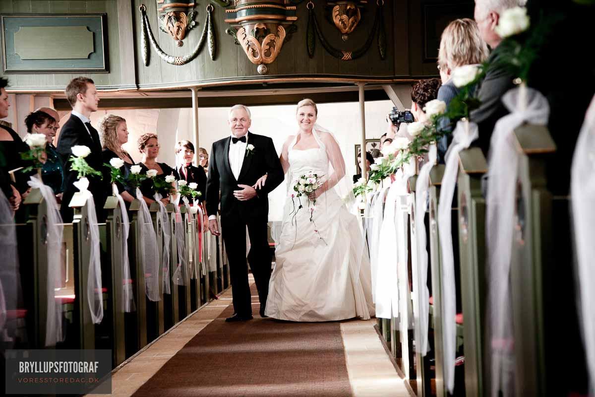brudepar kirken